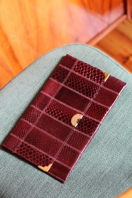 Vintage brown small handbag...