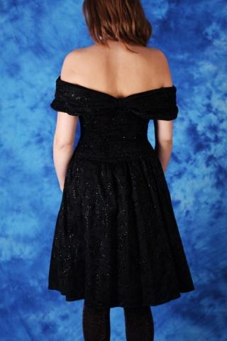 Vintage czarna sukienka z...