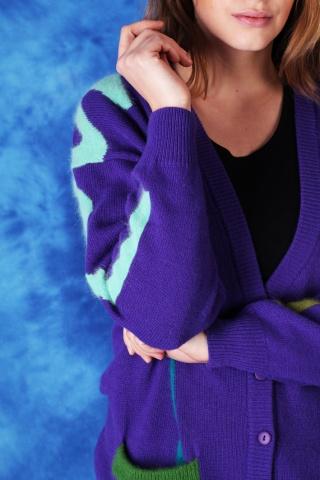 Beautiful vintage violet...