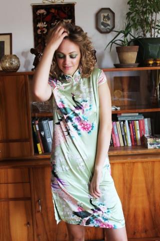 Vintage satynowa sukienka...