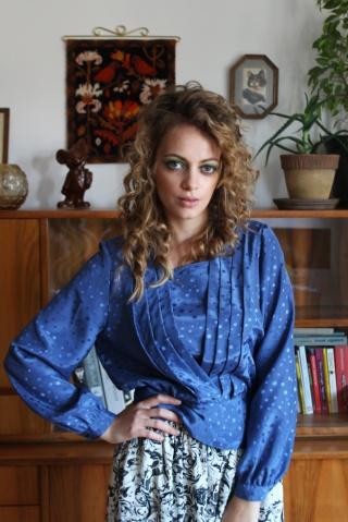 Vintage blue patterned...