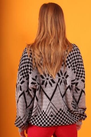 Vintage grey patterned...