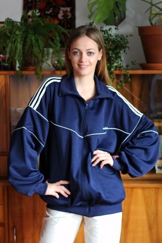 Vintage Adidas navy blue...